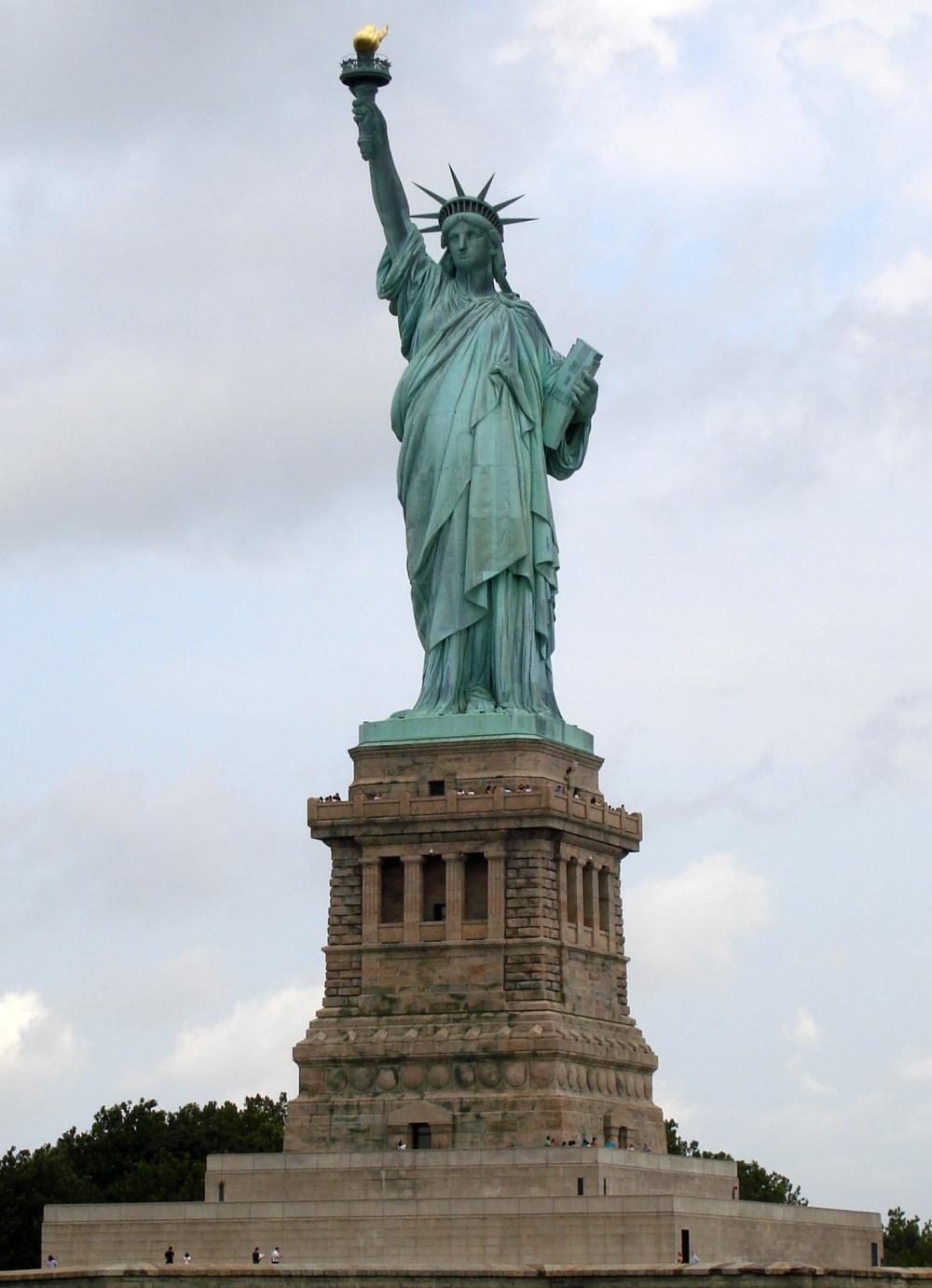 Statue_of_Liberty_7.jpg